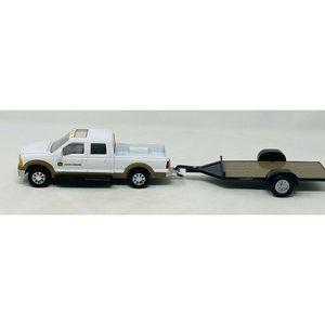 ERTL John Deere Double Cab White Pickup Truck